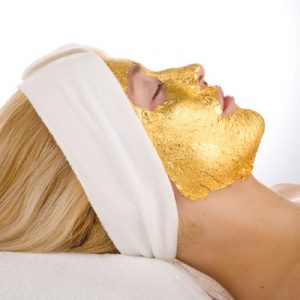 UMO 24-Carat Gold Facial