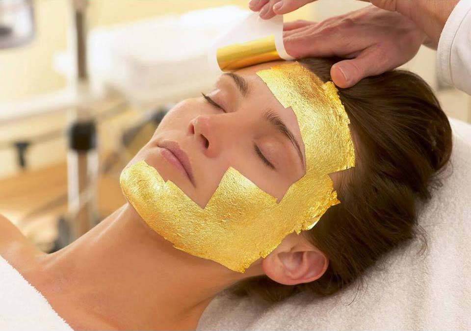 Gold facial application
